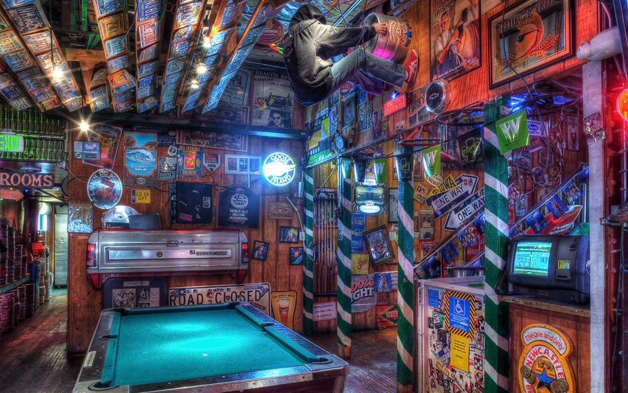 Barneys Beanery Santa Monica
